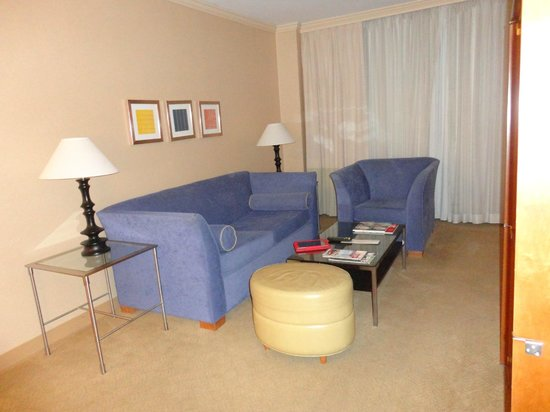 One Washington Circle Hotel: Room