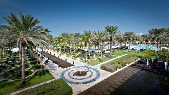 The Palace at One&Only Royal Mirage Dubai: Part of gardens towards main pool