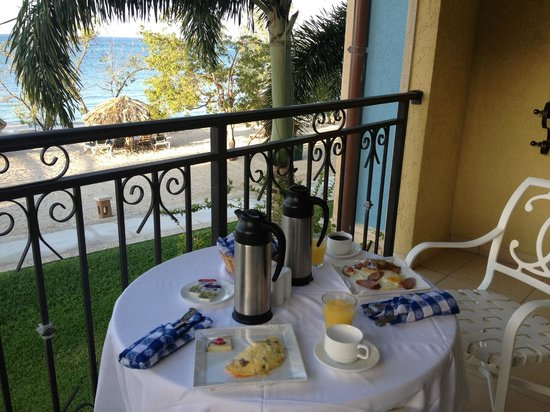 Sandals South Coast: Breakfast on the balcony