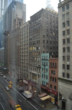 West 57th Street by Hilton Club : West 57th St. (Looking west)