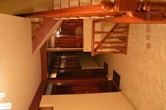 Hostal Chaska: La escalera