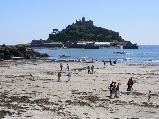 Harbour View Guest House : St Michael's Mount from Marazion beach - 4 miles away - a lovely walk along the coast
