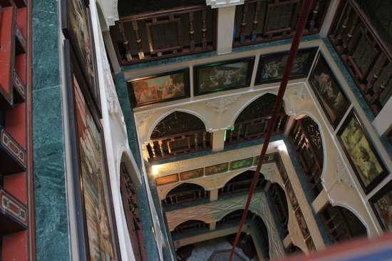 Moroccan House Hotel Casablanca: The central riad style