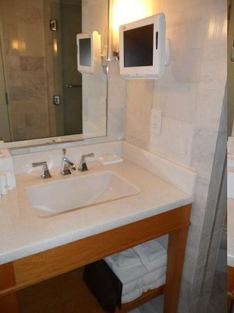 Fontainebleau Miami Beach: bathroom