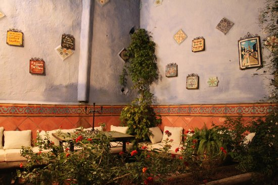 Dar Meziana: A beautiful little protected sitting area outside at the front entrance.