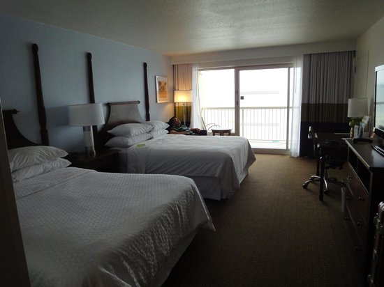 Four Points by Sheraton Destin- Ft Walton Beach: beds