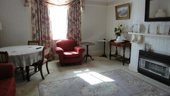 Boscobel of Ulverstone Bed & Breakfast: Lounge