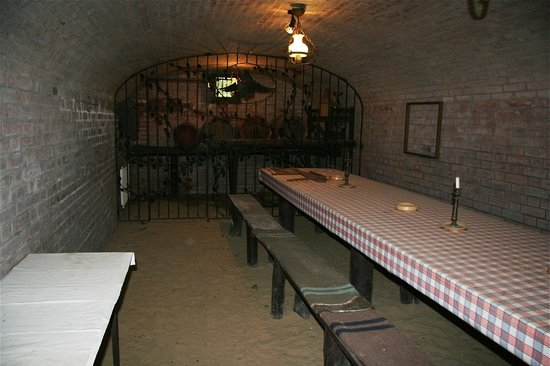 Bacs-Kiskun County, Ungarn: OUR WINE CELLAR