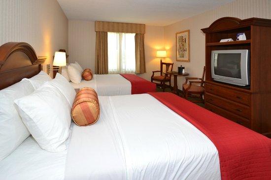 Best Western Plus Saratoga Springs: Queen Beds
