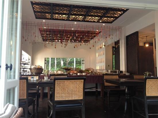 بنج ناكارا بوتيك هوتل آند سبا: ontbijt 