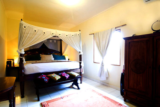 Beereni Guesthouse : deluxe bedroom
