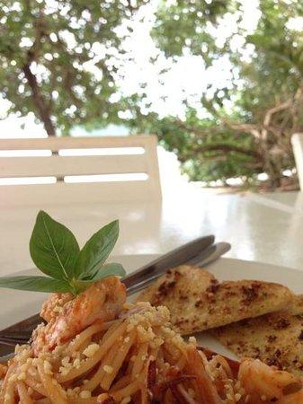 Payam Cottage Resort: spaghetti seafood in tomato sauce - 190 baht