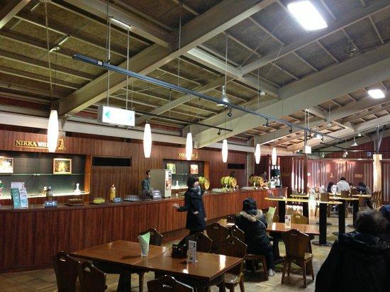 Nikka Whisky Sendai Factory Miyagikyo Distillery: 社員教育の行き届いた素晴らしい工場です