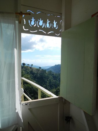 Mount Edge Guest House: Looking out from the View Room