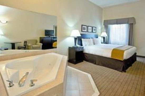Holiday Inn Express Hotel & Suites Rancho Mirage - Palm Spgs Area: King Jacuzzi Whirlpool Room