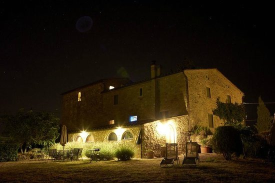 Torre di Ponzano - Chianti area - Tuscany -: the evening at Torre di Ponzano