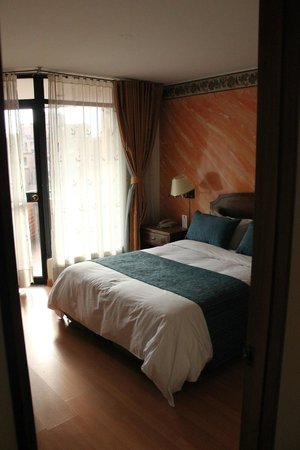 Hotel Baviera : Spacious room