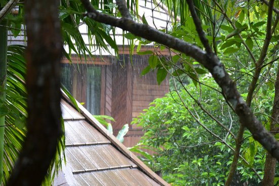 Phu Pha Ao Nang Resort and Spa: raining