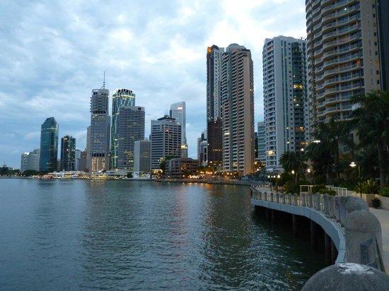 Sofitel Brisbane Central: Promenade