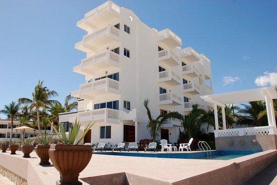 Casa Costa Azul: El hotel desde la playa