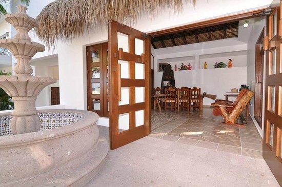 Casa Costa Azul: Recepción del Hotel