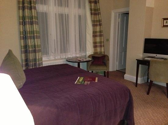 Hallmark Hotel The Welcombe: room