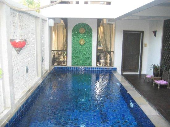 At Niman Conceptual Home : pool