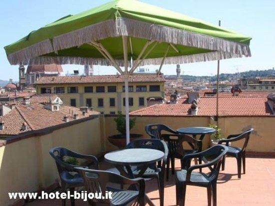 www.florenceroomshotelbijou.com -  Hotel Bijou's panoramic roof terrace