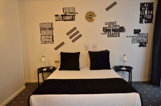 Uber Cool Rock And Roll Themed Bedroom Picture Of Hotel Du