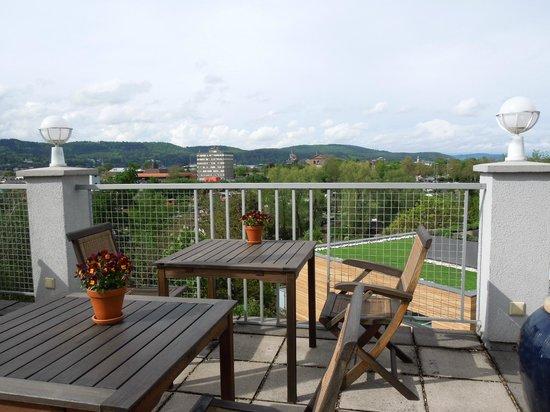 Hotel Villa Hügel: View from the breakfast terrace - Villa Hügel, May 9 2012
