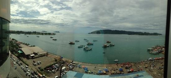 Le Meridien Kota Kinabalu: View from the hotel