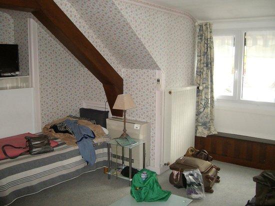 Hotel la Roseraie : Room