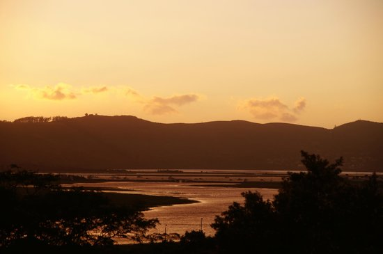 Knysna Stays: Lagoon sunset view from balcony