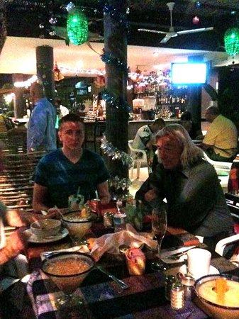 La Chatita Restaurant & Bar: FRIENDS & MARGHARITS