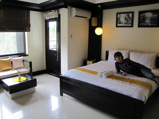 The Kool Hotel: Our room (Indra).