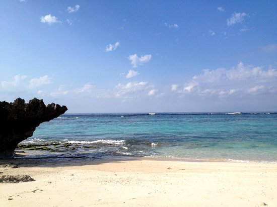 Yoron Island Village: 5 min walk from the hotel