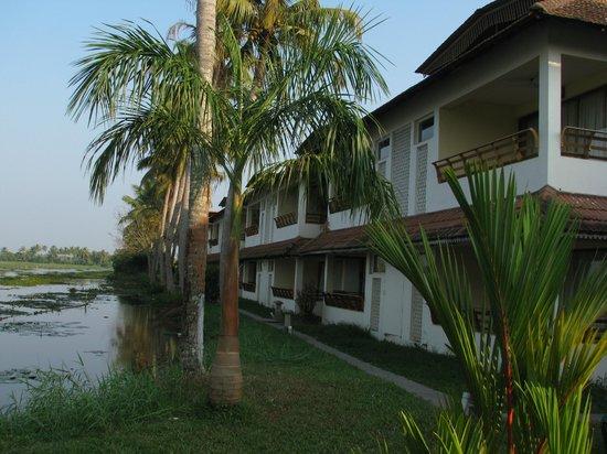 Manor Backwater Resort: View from Garden
