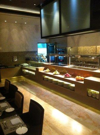 Gefinor Rotana Hotel: Great restaurant!