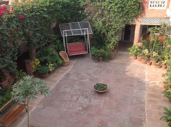 Jagat Vilas: court yard