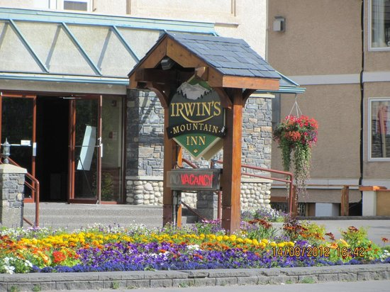 Irwin's Mountain Inn: Sign