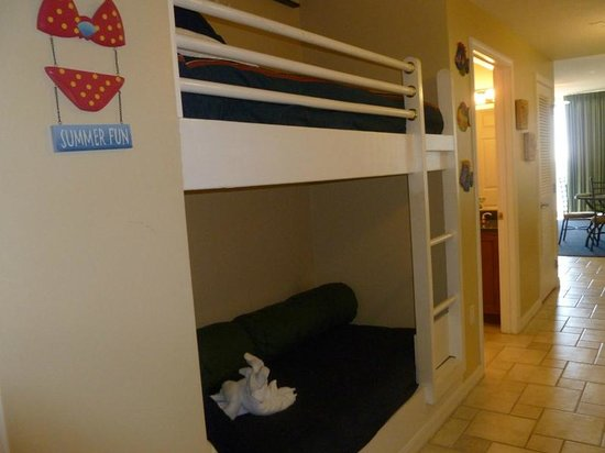 Navarre Beach : Bunk Beds, unit sleeps 6, which was nice
