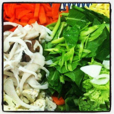 May Kaidee's Cooking School: Chopped veggies