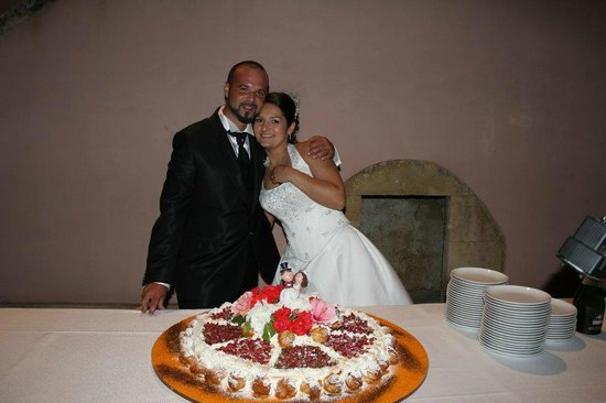 Masseria degli Ulivi: hanno pensato anche alla torta...bellissima ma soprattutto buoooooonissima!!!!! 