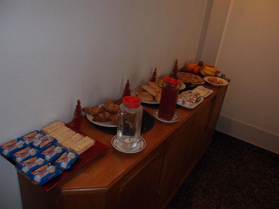 Le Stanze del Vicere' : Breakfast spread