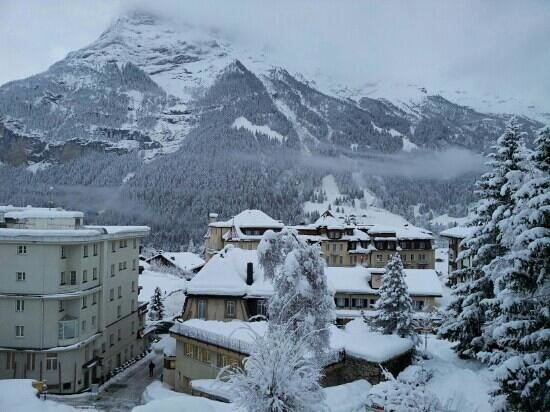 Hotel Restaurant Alpina Grindelwald: 8am from our room balcony - 18Dec2012
