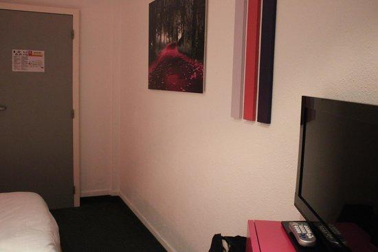 Hotel Siru: Outra perspectiva do quarto