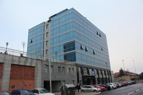 NH La Avanzada : edificio