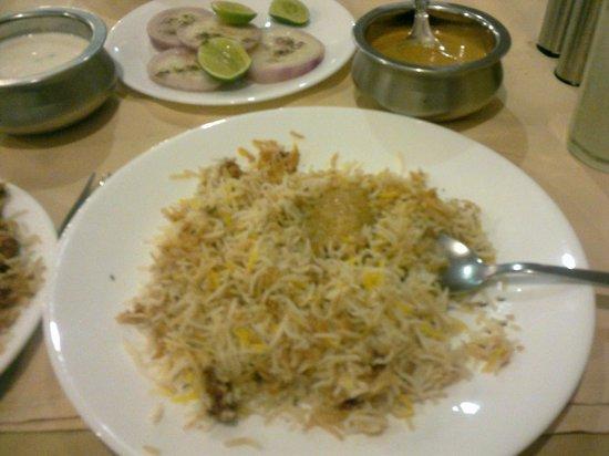 Paradise : Chicken Biryani with Curd, Salad & Curry
