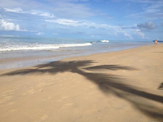 Ayara Villas: stranden.