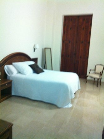 Hotel San Sebastian Hospederia: VISTA CAMA PRINCIPAL SUITE-LOFT